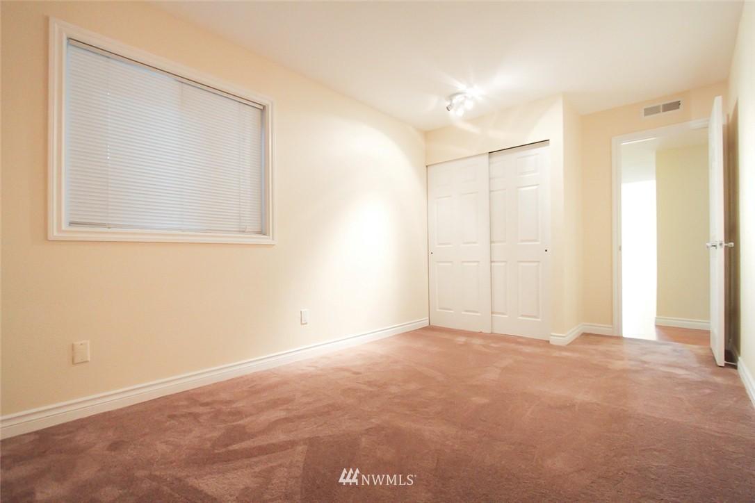 Sold Property | 14510 124th Avenue NE #S14 Kirkland, WA 98034 11