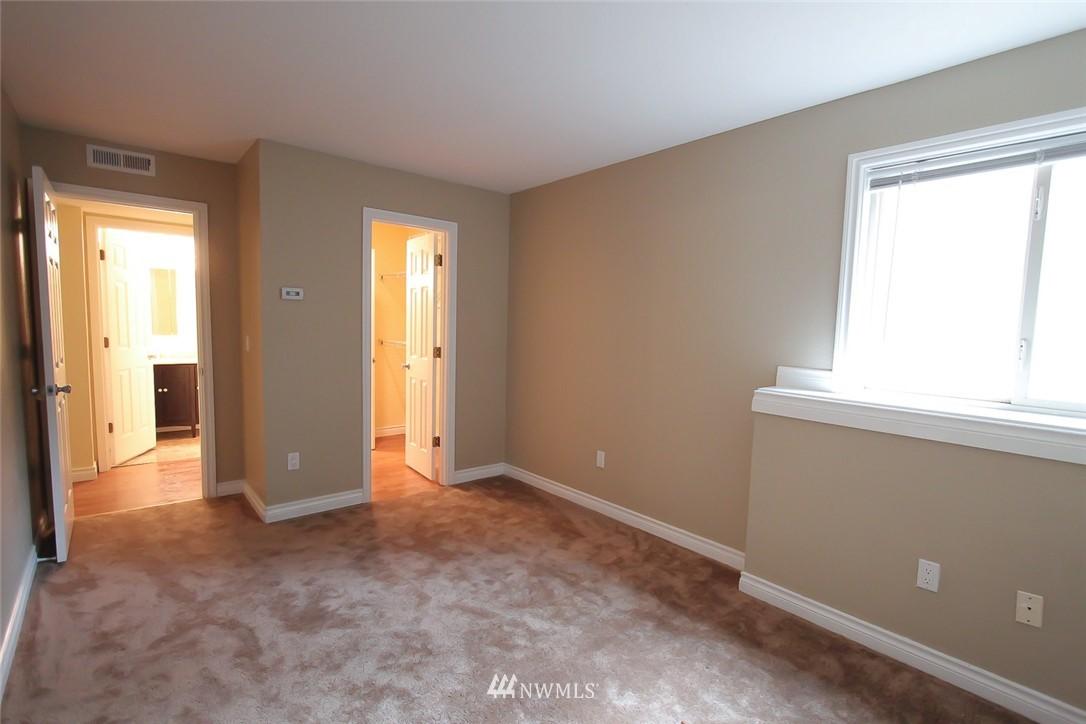 Sold Property | 14510 124th Avenue NE #S14 Kirkland, WA 98034 8