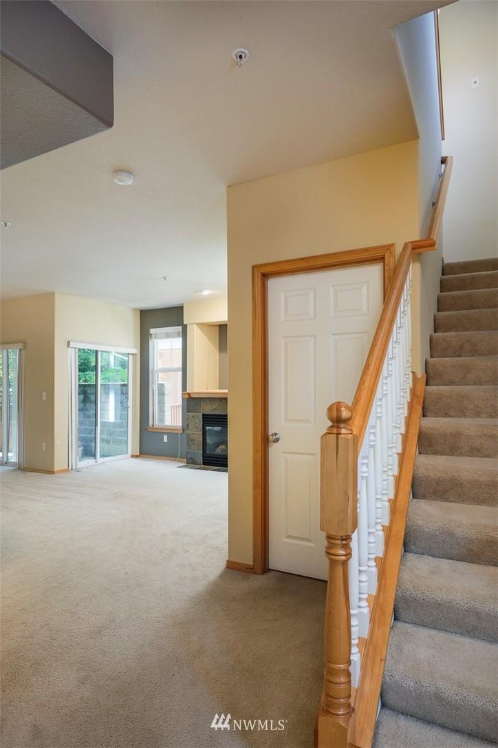 Sold Property | 11419 SE 171st Place Renton, WA 98055 3