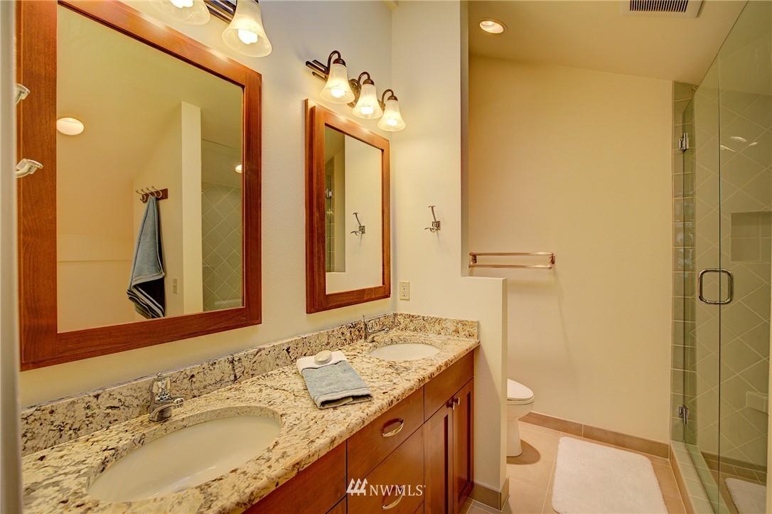 Sold Property | 2628 4th Avenue N #306 Seattle, WA 98109 19