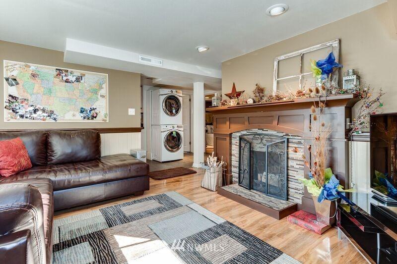 Sold Property | 17048 8th Avenue NE Shoreline, WA 98155 14