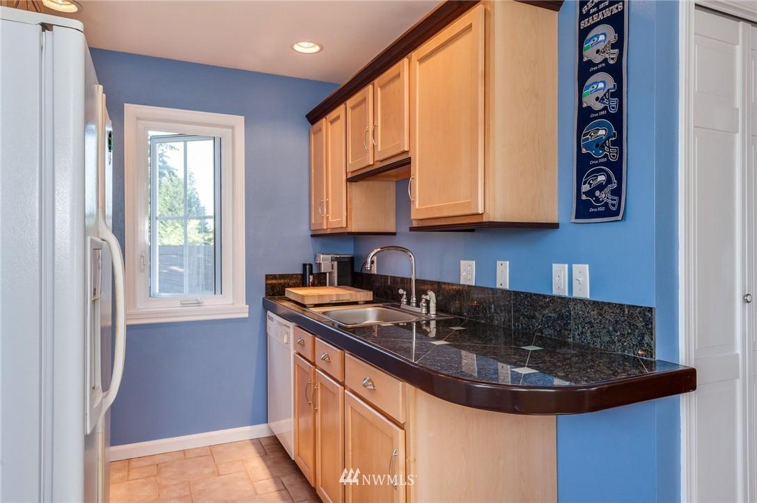 Sold Property | 17048 8th Avenue NE Shoreline, WA 98155 19