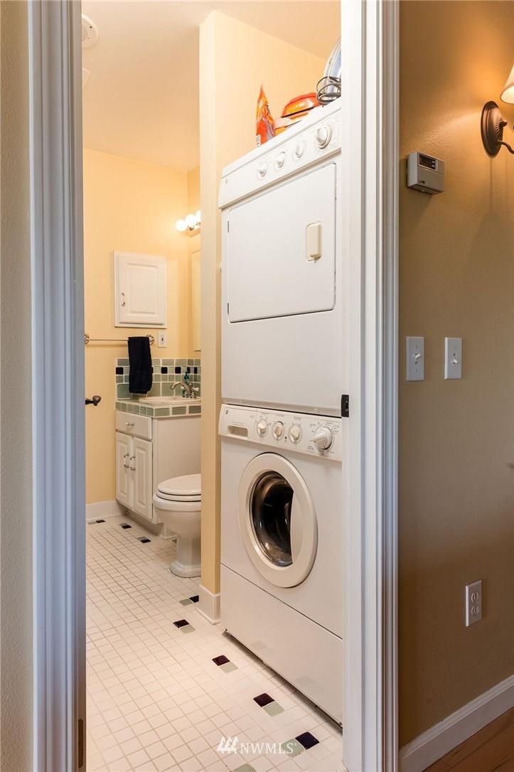 Sold Property | 17048 8th Avenue NE Shoreline, WA 98155 22
