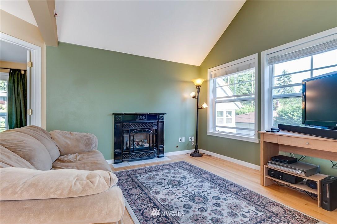 Sold Property | 17048 8th Avenue NE Shoreline, WA 98155 20