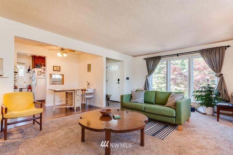 Sold Property | 17048 8th Avenue NE Shoreline, WA 98155 2