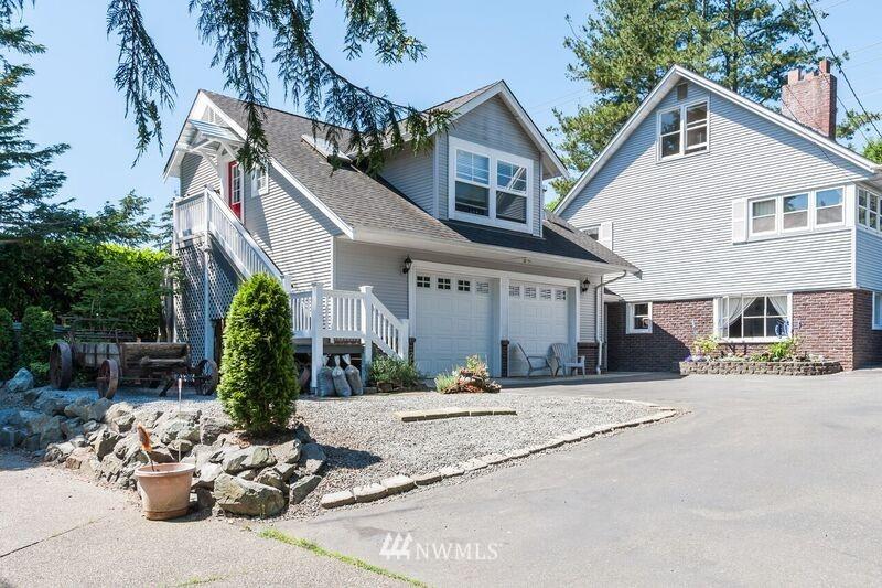 Sold Property | 17048 8th Avenue NE Shoreline, WA 98155 0