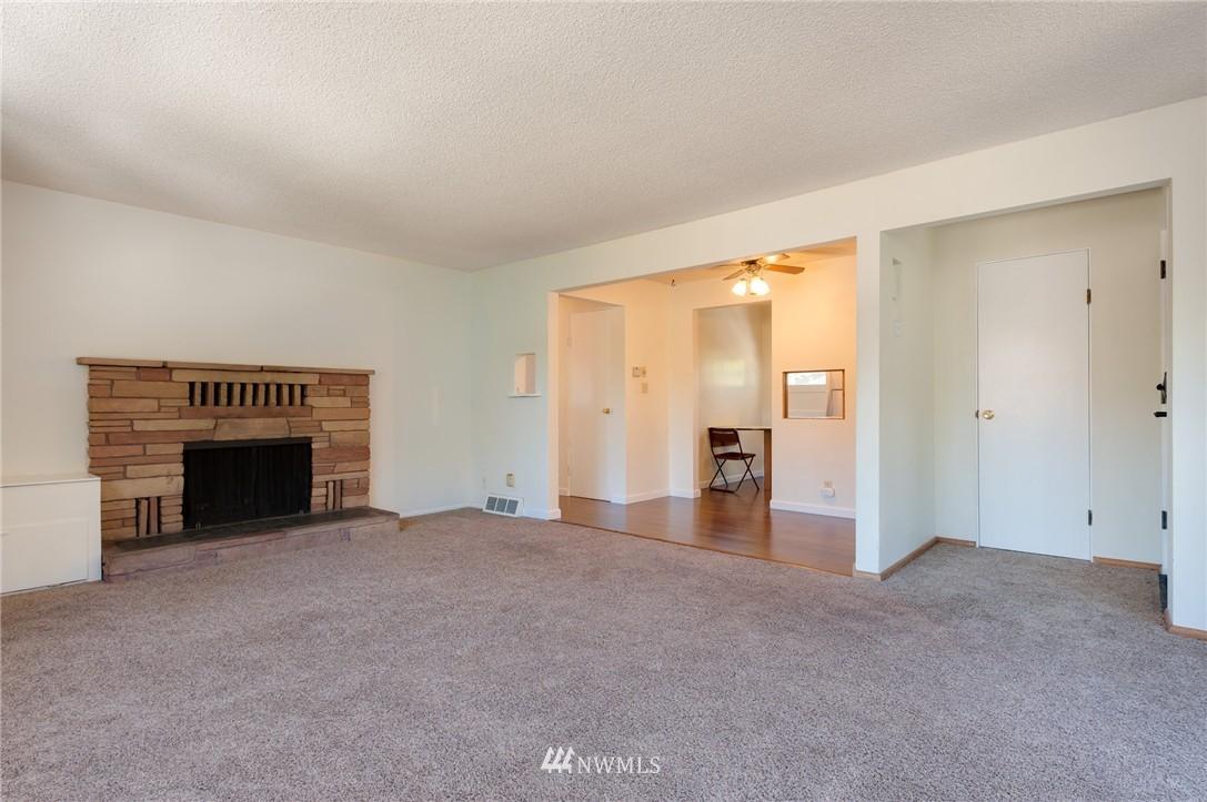 Sold Property | 17048 8th Avenue NE Shoreline, WA 98155 4