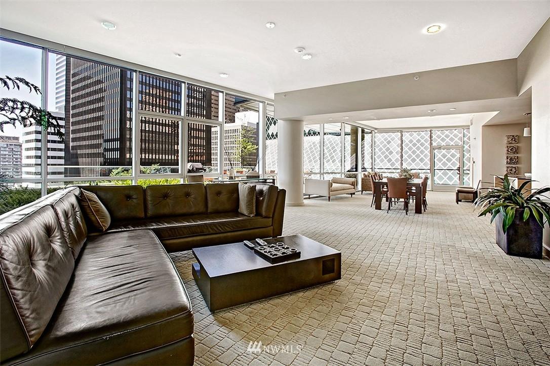 Sold Property   909 5th Avenue #604 Seattle, WA 98164 17