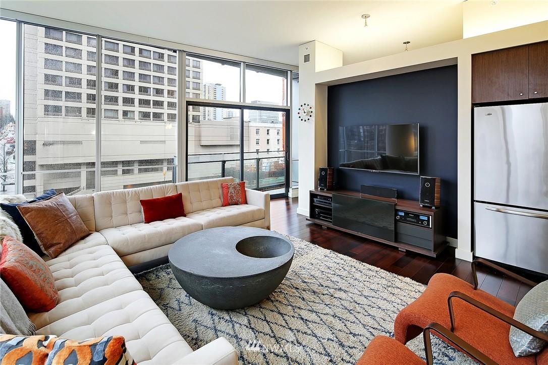 Sold Property   909 5th Avenue #604 Seattle, WA 98164 9