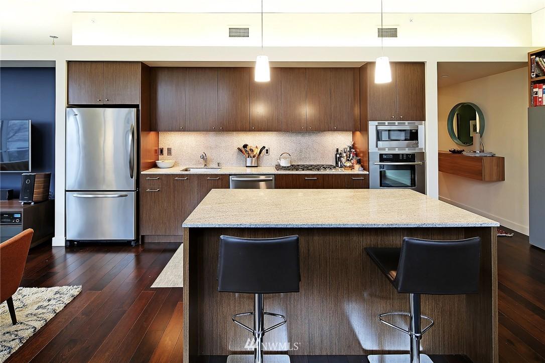 Sold Property   909 5th Avenue #604 Seattle, WA 98164 4