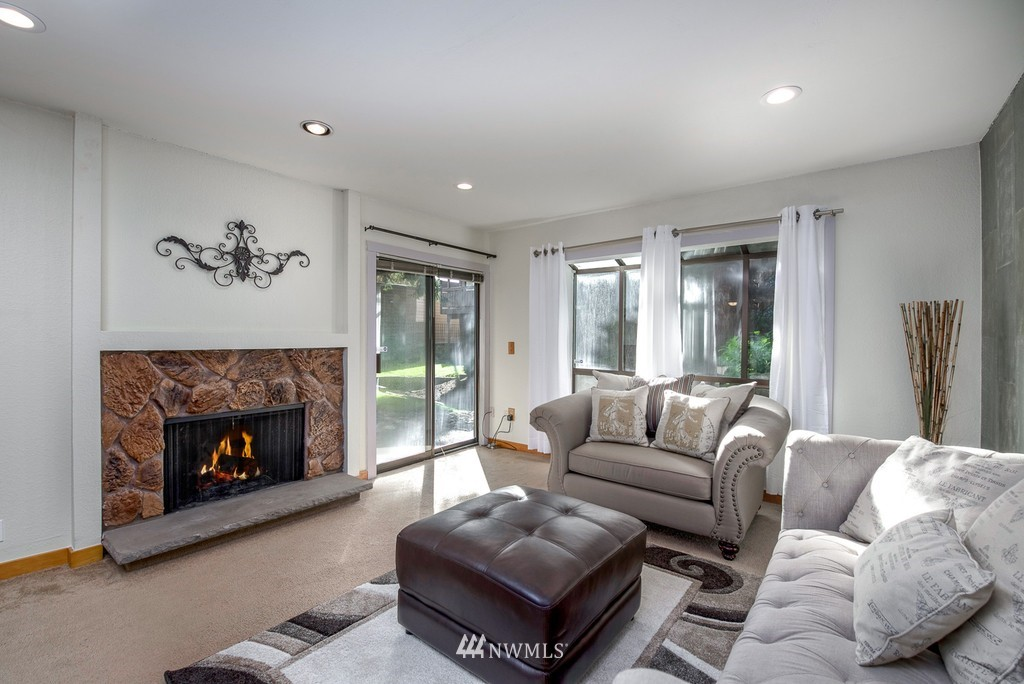 Sold Property   10545 Meridian Avenue N #102 Seattle, WA 98133 1