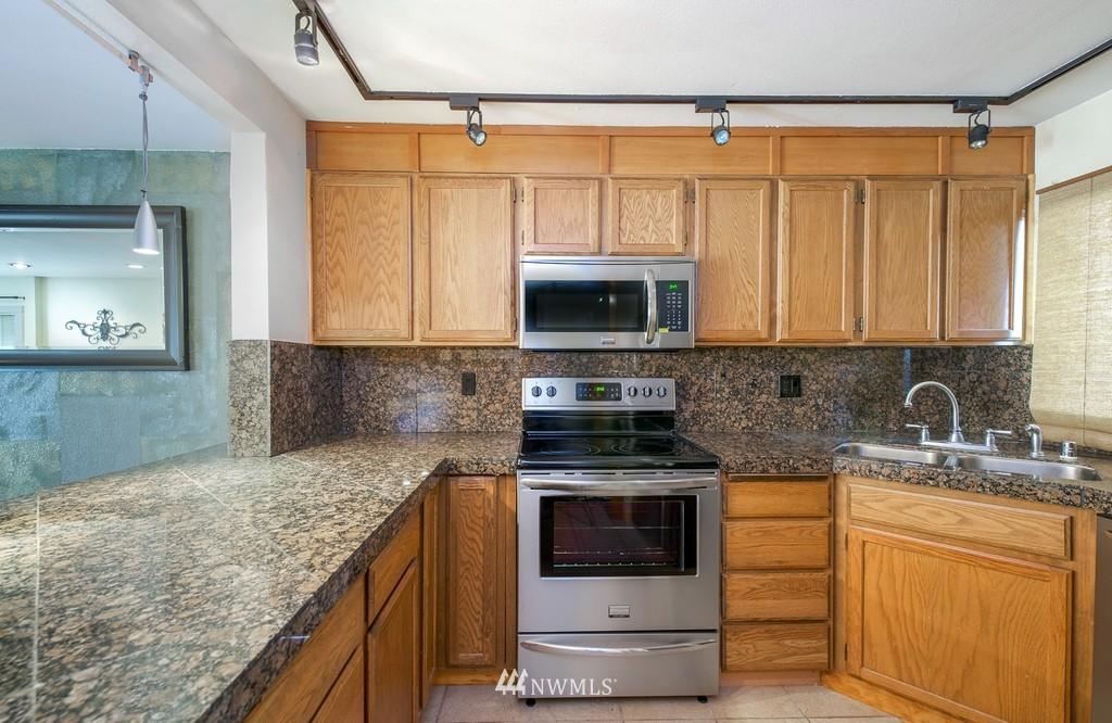 Sold Property   10545 Meridian Avenue N #102 Seattle, WA 98133 8