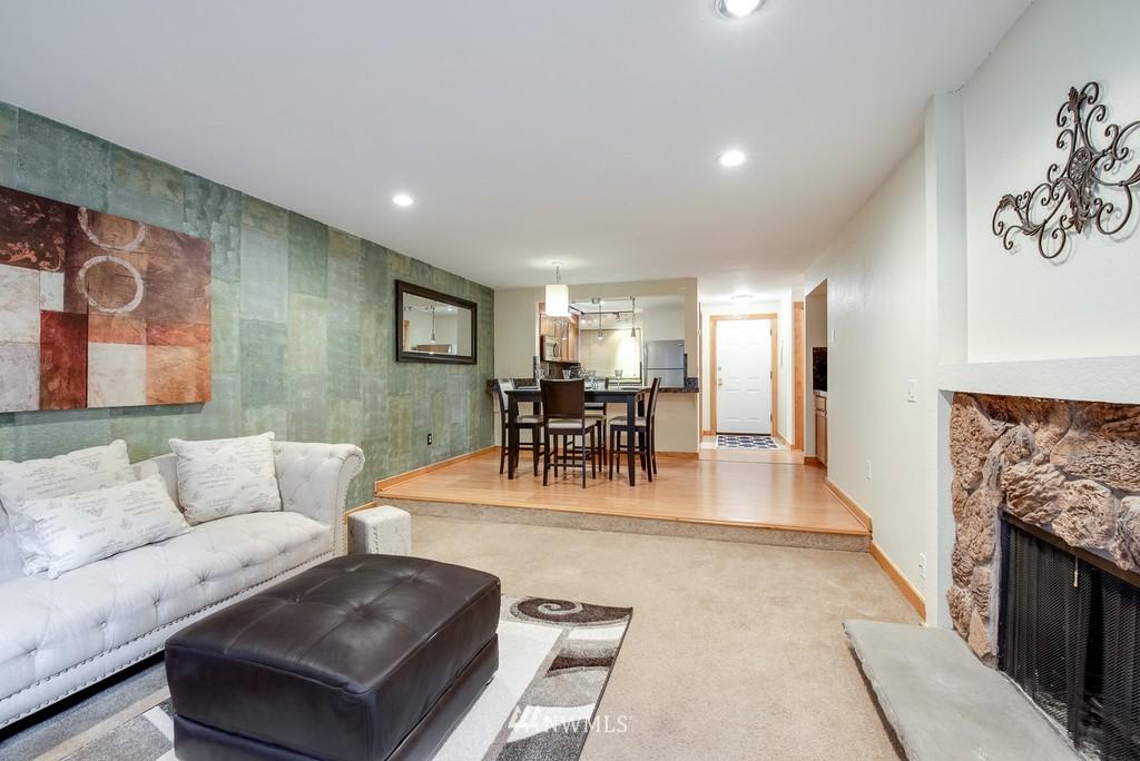 Sold Property   10545 Meridian Avenue N #102 Seattle, WA 98133 12