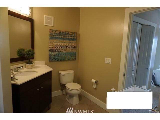 Sold Property   159 Denny Way #401 Seattle, WA 98109 16