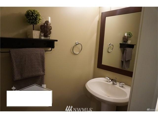 Sold Property   159 Denny Way #401 Seattle, WA 98109 18