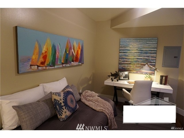 Sold Property   159 Denny Way #401 Seattle, WA 98109 20