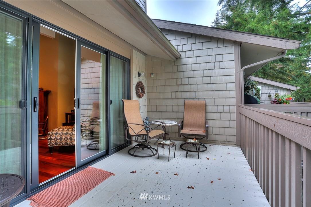 Sold Property | 13730 15th Avenue NE #A304 Seattle, WA 98125 0