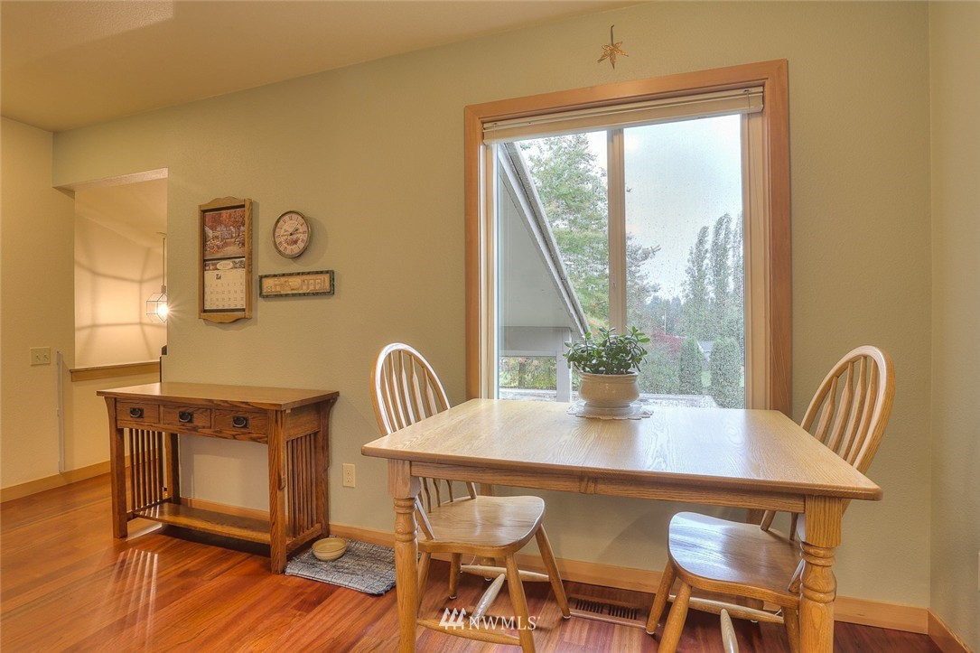 Sold Property | 13730 15th Avenue NE #A304 Seattle, WA 98125 11