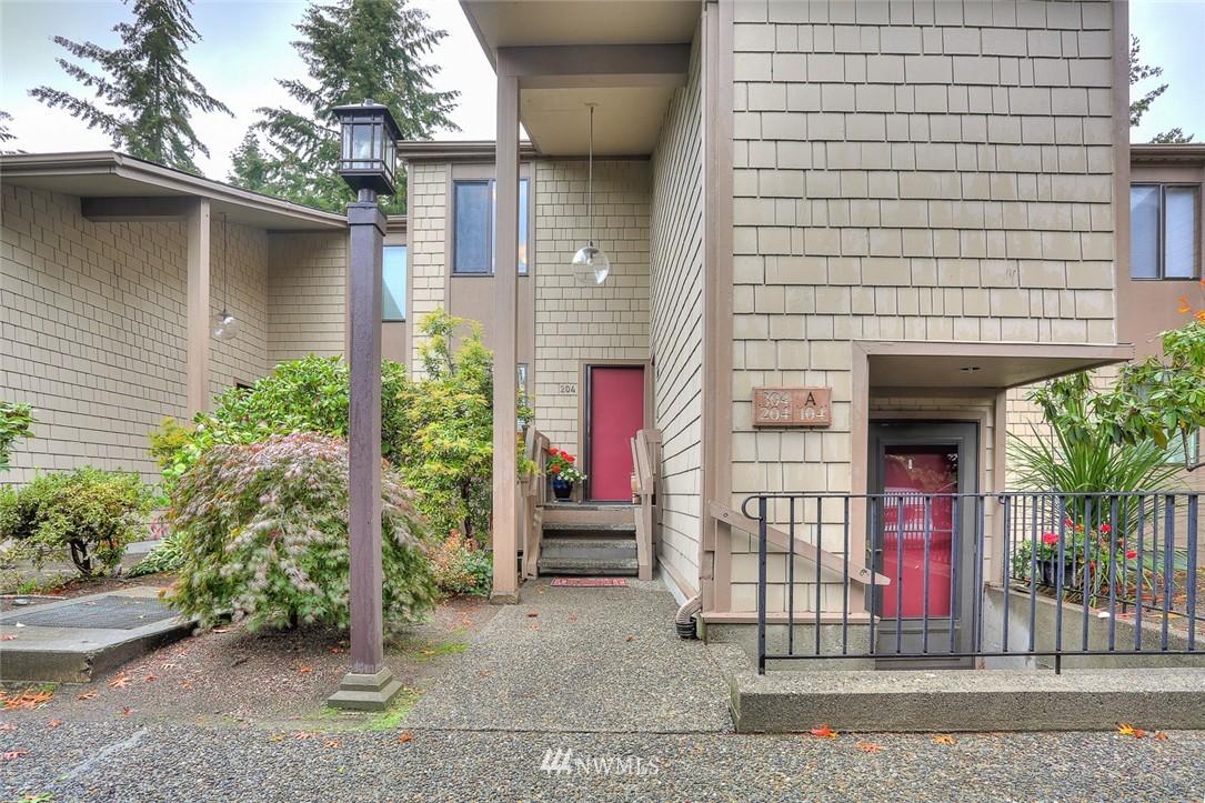 Sold Property | 13730 15th Avenue NE #A304 Seattle, WA 98125 21