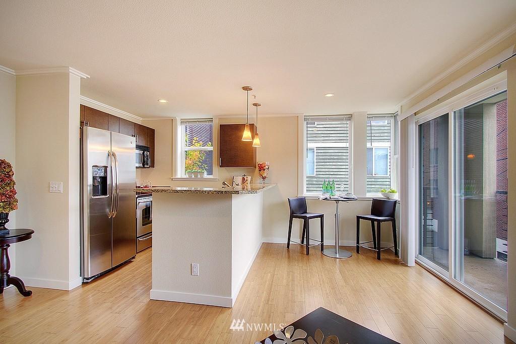 Sold Property | 626 4th Avenue W #303 Seattle, WA 98119 2