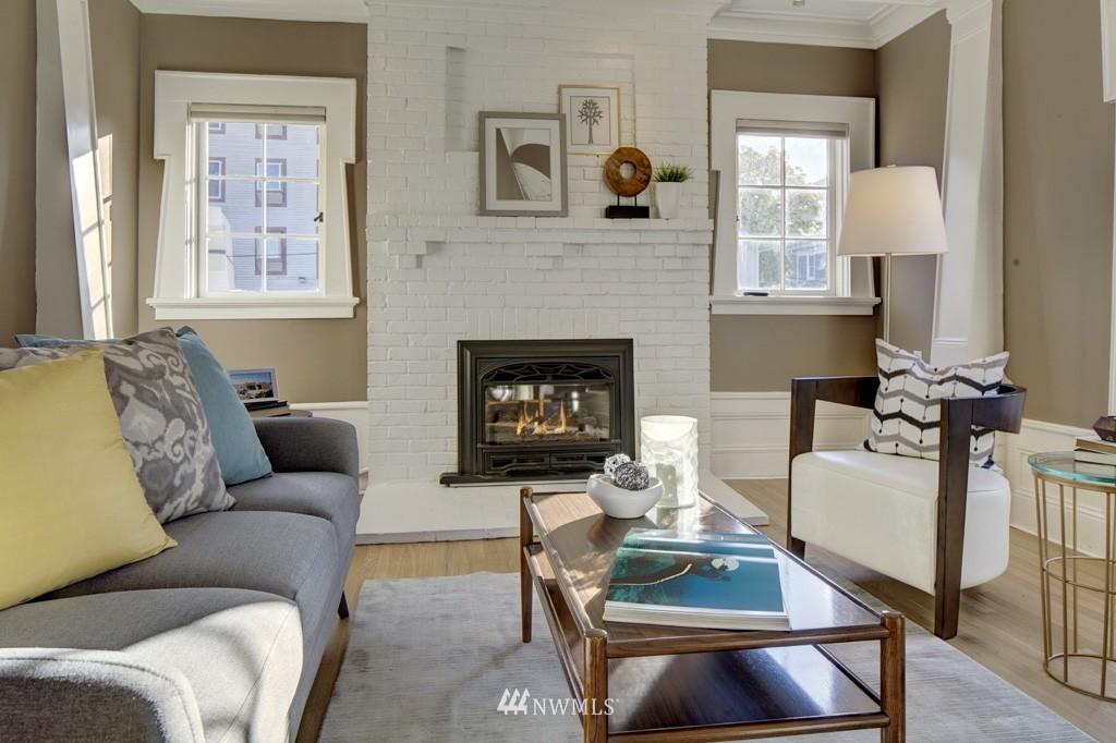 Sold Property | 214 13th Avenue E #12 Seattle, WA 98102 5