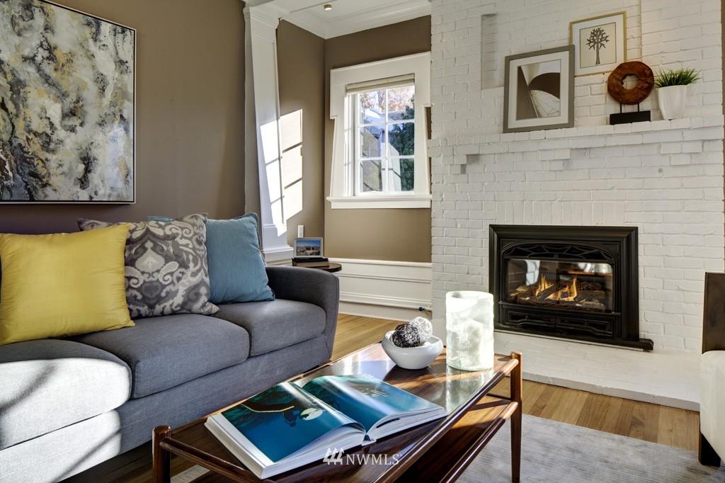 Sold Property | 214 13th Avenue E #12 Seattle, WA 98102 6