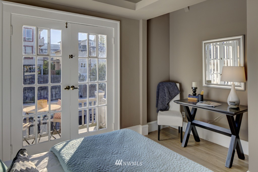 Sold Property | 214 13th Avenue E #12 Seattle, WA 98102 10
