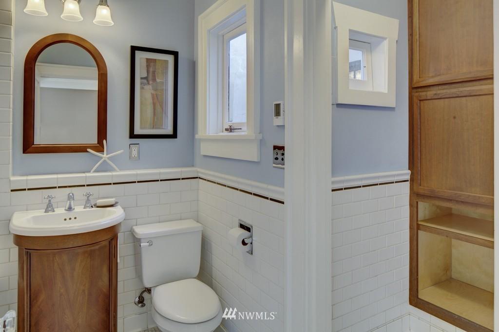 Sold Property | 214 13th Avenue E #12 Seattle, WA 98102 14