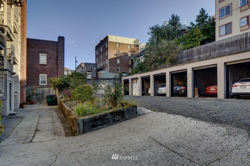 Sold Property | 214 13th Avenue E #12 Seattle, WA 98102 17