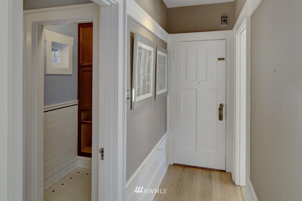 Sold Property | 214 13th Avenue E #12 Seattle, WA 98102 12