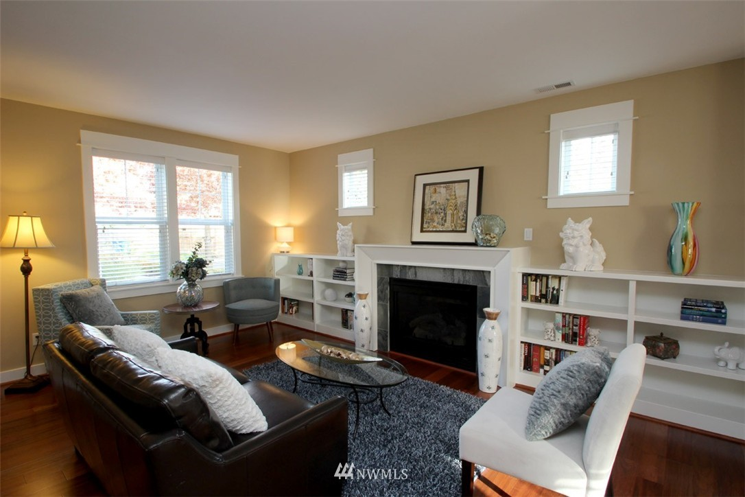 Sold Property | 5813 55th Avenue NE #B Seattle, WA 98105 1