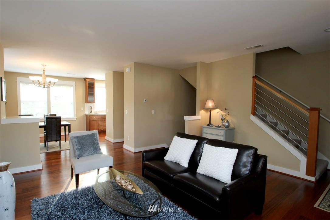 Sold Property | 5813 55th Avenue NE #B Seattle, WA 98105 5