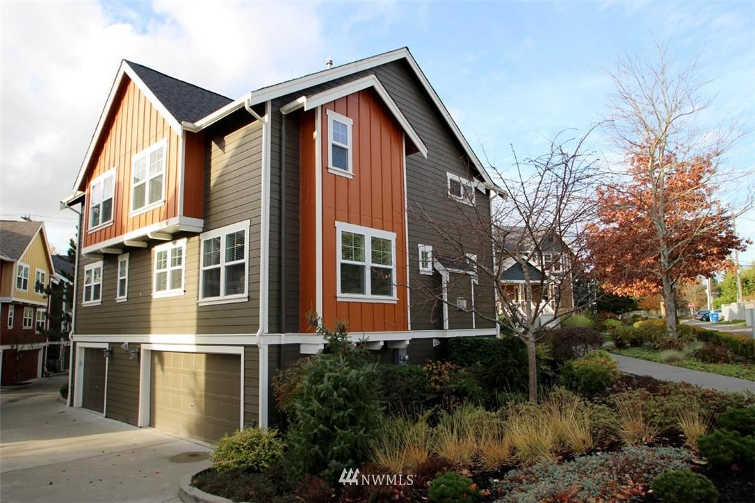 Sold Property | 5813 55th Avenue NE #B Seattle, WA 98105 16