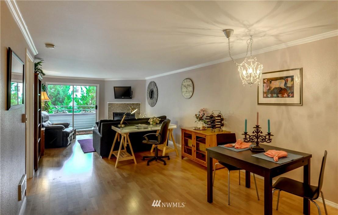 Sold Property | 6970 California Avenue SW #B204 Seattle, WA 98136 4