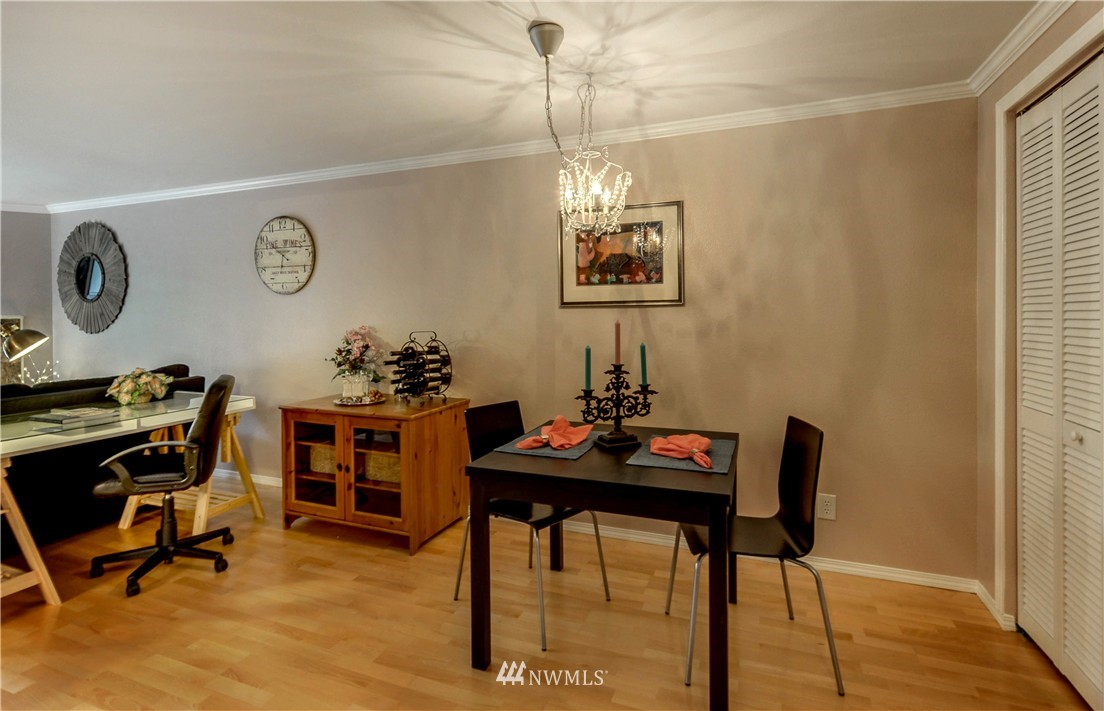 Sold Property | 6970 California Avenue SW #B204 Seattle, WA 98136 5