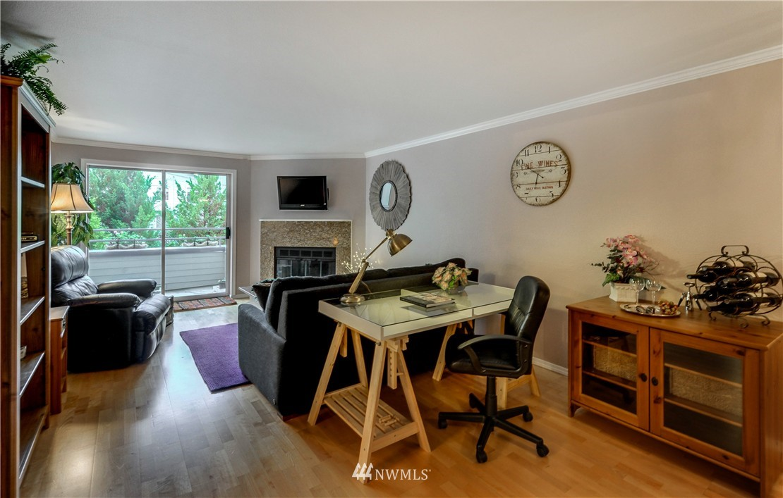 Sold Property | 6970 California Avenue SW #B204 Seattle, WA 98136 6