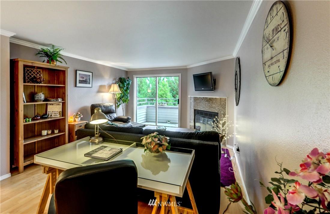 Sold Property | 6970 California Avenue SW #B204 Seattle, WA 98136 7