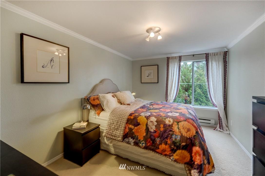 Sold Property | 6970 California Avenue SW #B204 Seattle, WA 98136 12