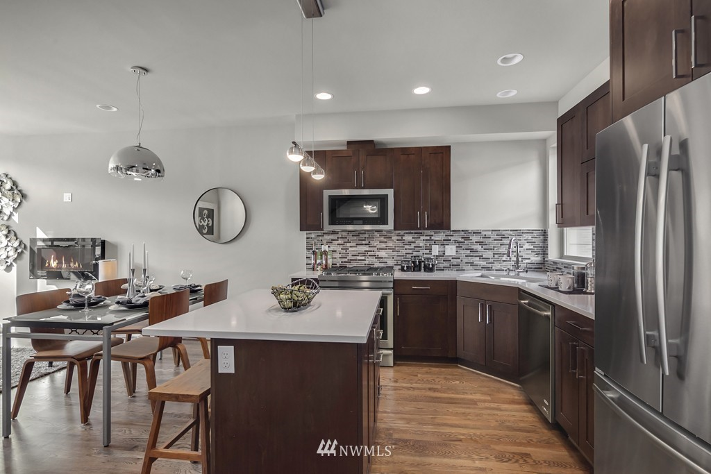 Sold Property   3839 Gilman Avenue W Seattle, WA 98119 4