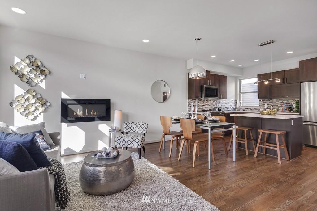 Sold Property   3839 Gilman Avenue W Seattle, WA 98119 8