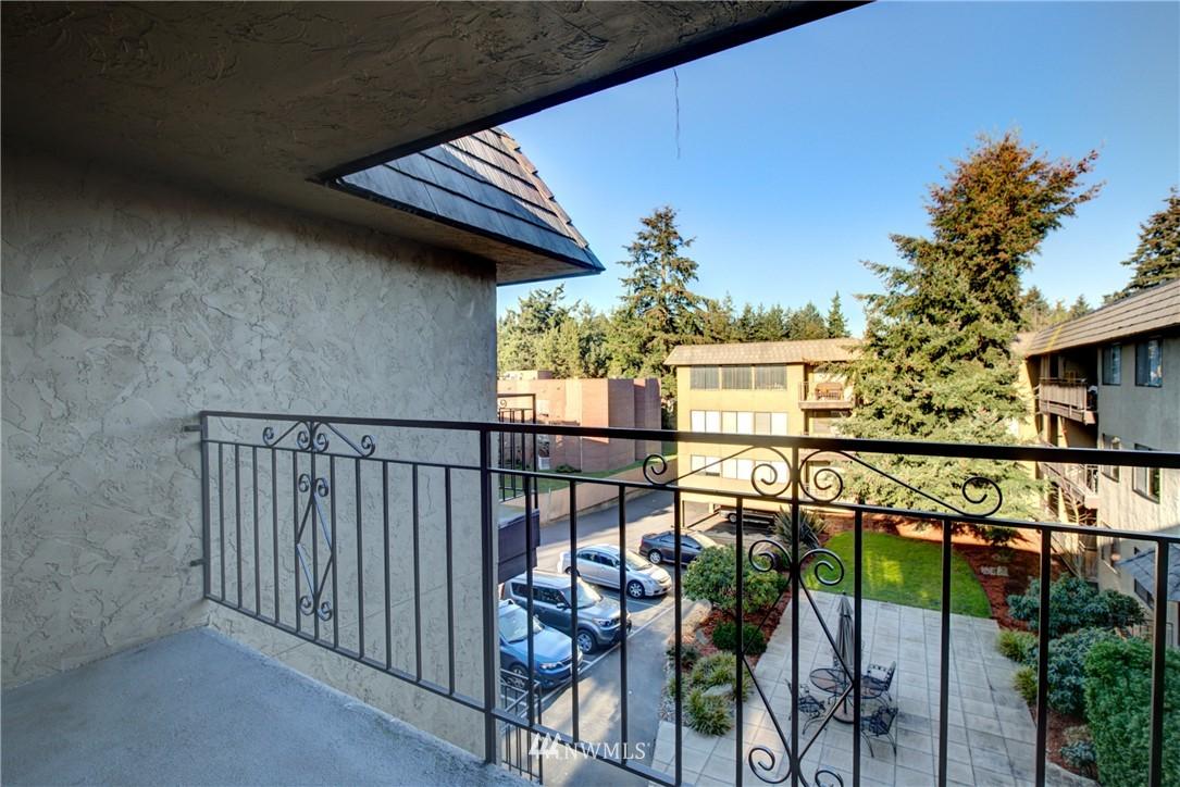Sold Property | 750 N 143rd Street #308 Seattle, WA 98133 13