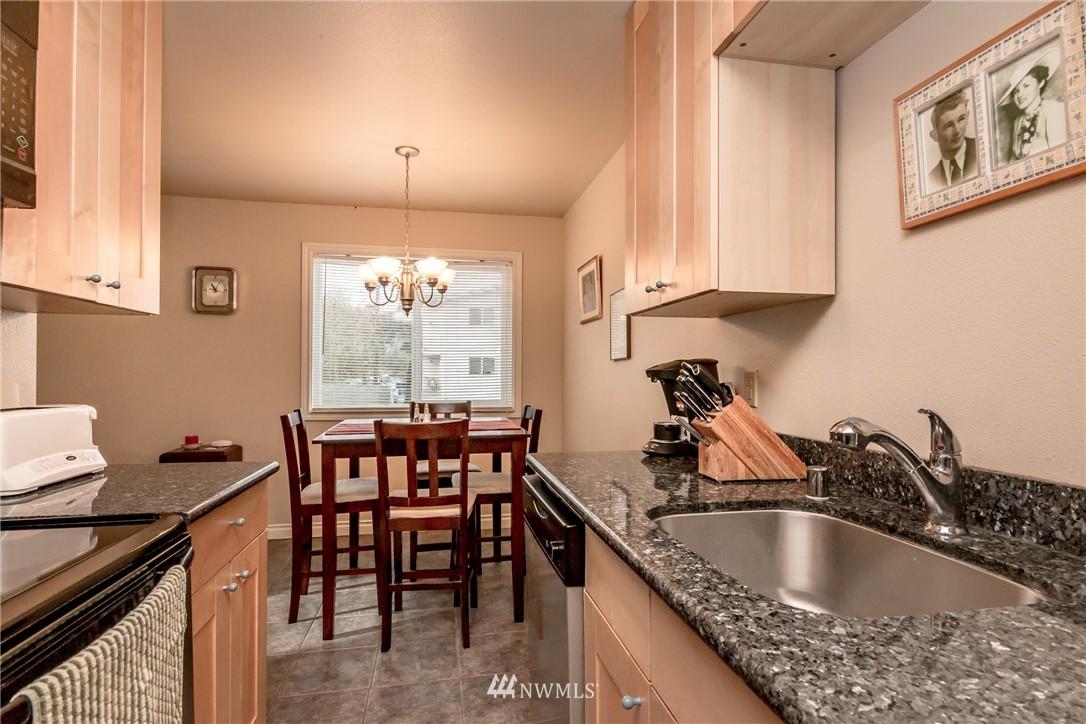 Sold Property | 4525 S Henderson Street #301 Seattle, WA 98118 3