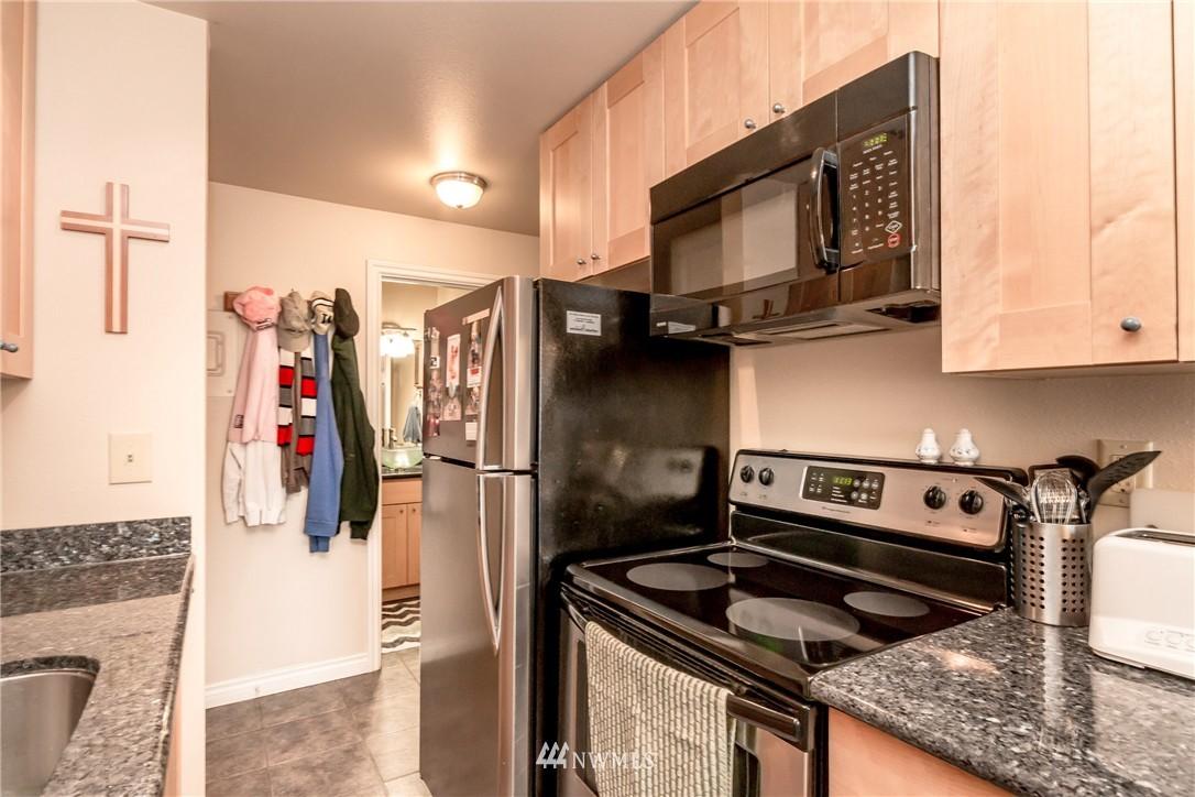 Sold Property | 4525 S Henderson Street #301 Seattle, WA 98118 5