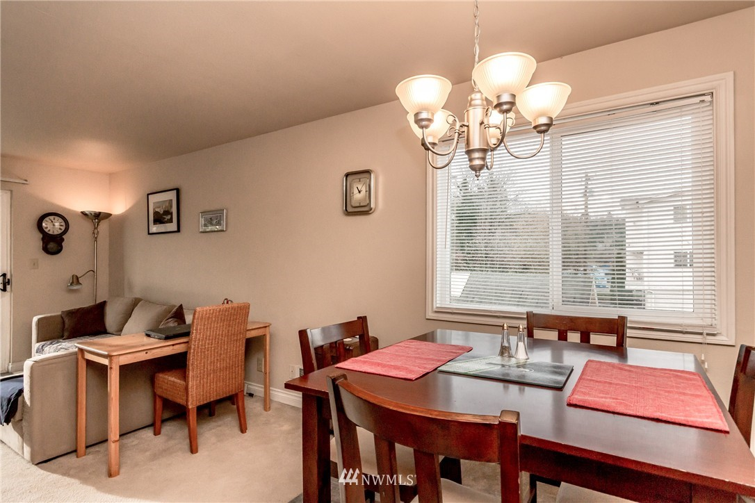 Sold Property | 4525 S Henderson Street #301 Seattle, WA 98118 8