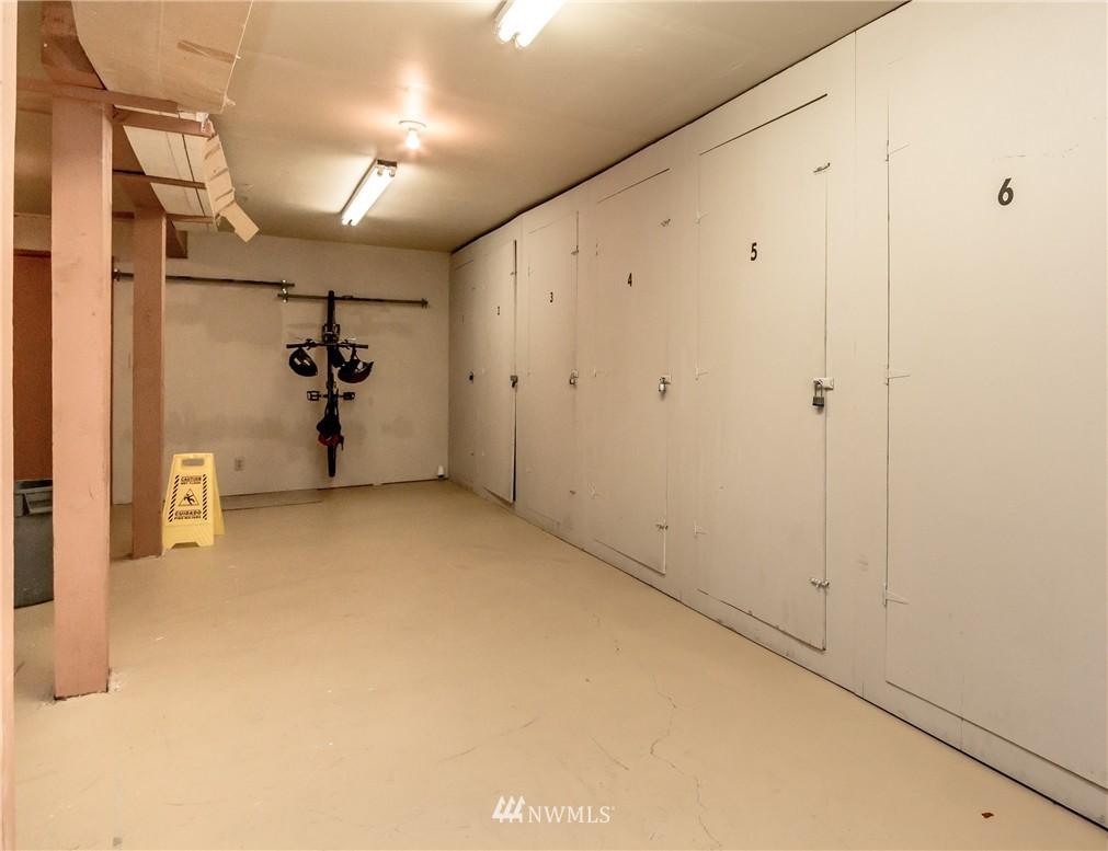 Sold Property | 4525 S Henderson Street #301 Seattle, WA 98118 19