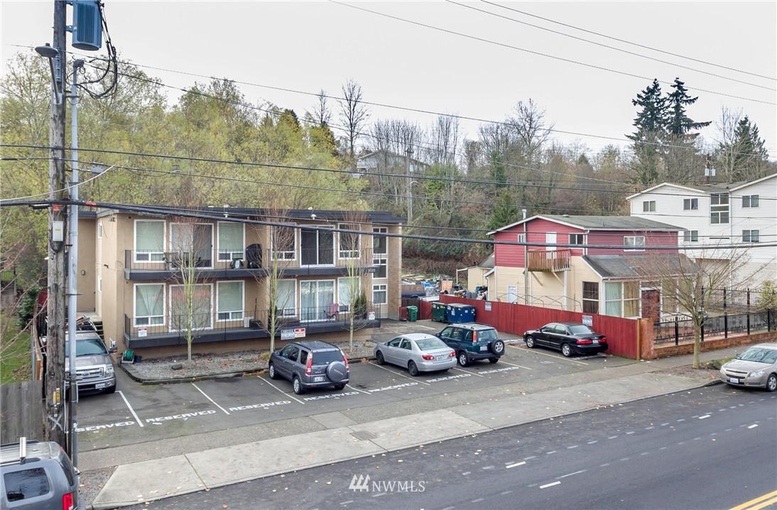 Sold Property | 4525 S Henderson Street #301 Seattle, WA 98118 20