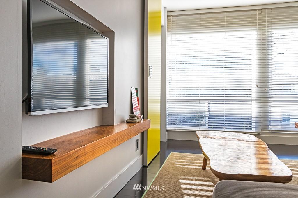 Sold Property   308 E Republican Street #701 Seattle, WA 98102 4