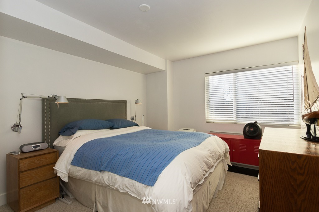 Sold Property   308 E Republican Street #701 Seattle, WA 98102 11