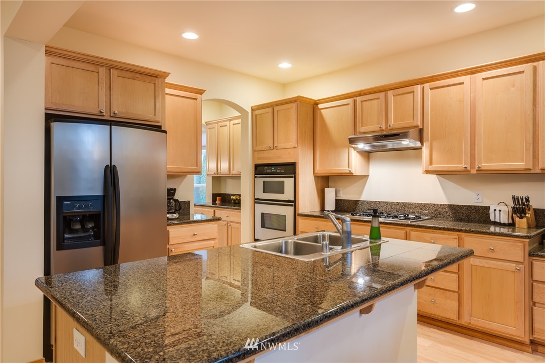 Sold Property | 8618 NE 201st Place Bothell, WA 98011 10