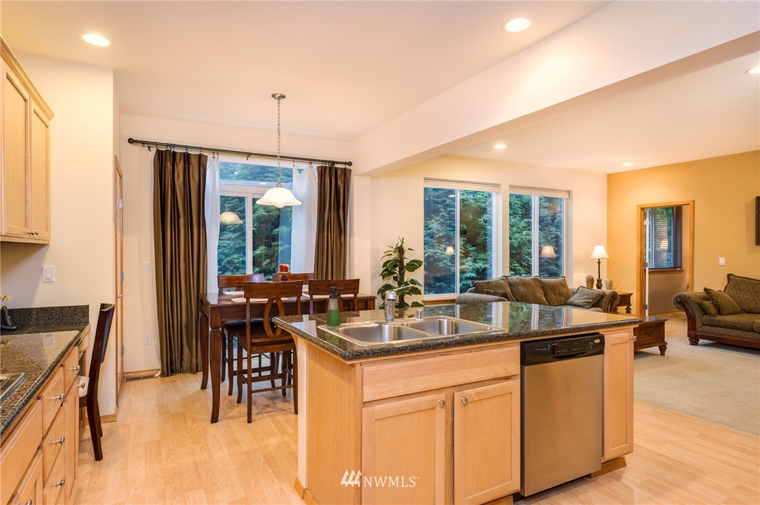 Sold Property | 8618 NE 201st Place Bothell, WA 98011 12
